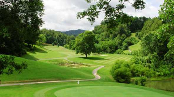 Amateur players tour at Blackthorn Club Tennessee